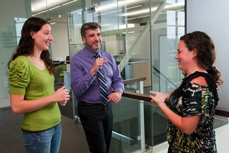 URMC/RIT/NTID Awarded $2.1M to Jointly Train Deaf Scientists