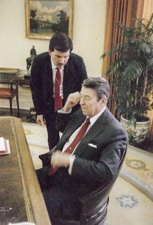 HR ReaganPowersOvalOffice