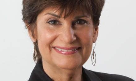 Rita Chaiken Receives Salus University Audiology Alumnus of the Year Award