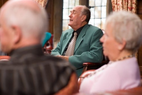 Brain Waves in Older Adults Compound Hearing Problems