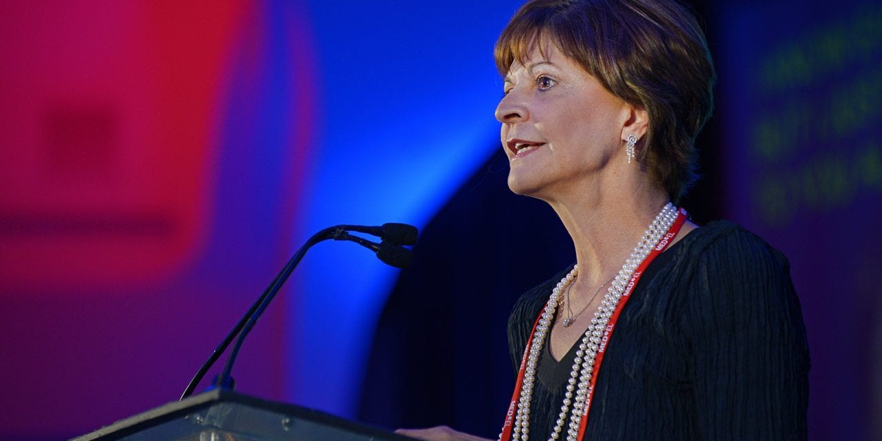 HLAA Honors Dr Lu Beck for Her Contributions to Hearing