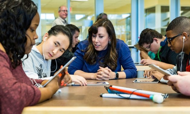 Apple's 'Everyone Can Code' Program Available For Students with Vision, Hearing Needs