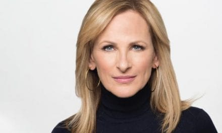 Actress Marlee Matlin Points Out Lack of Captioning on Delta Flight