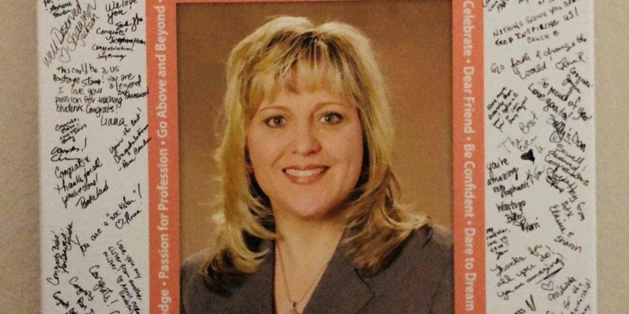 Dr Jennifer Bobo Receives Scott Haug Outstanding Texas Audiologist Award