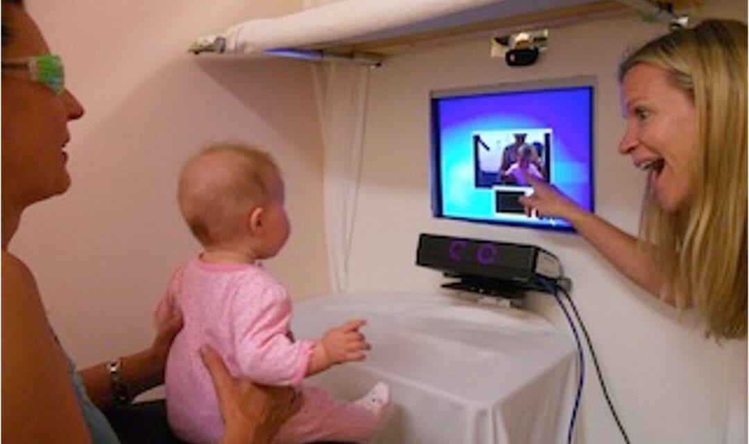Sign Language Exposure May Impact 5-Month-Olds