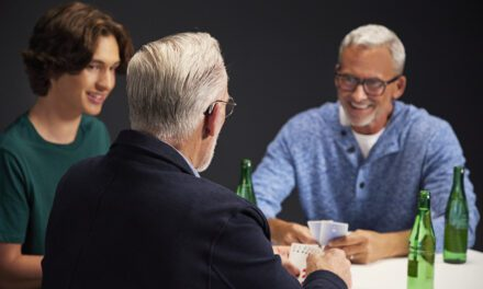 Starkey Launches Evolv AI Hearing Aids